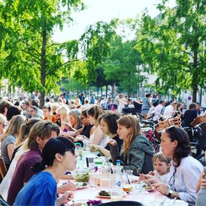 Cool things to do in Copenhagen with kids _Absalon common eating